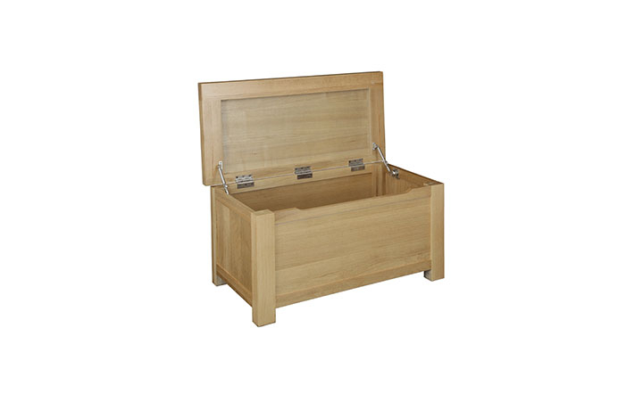 Suffolk Solid Oak Furniture Range - Suffolk Solid Oak Ottoman Box