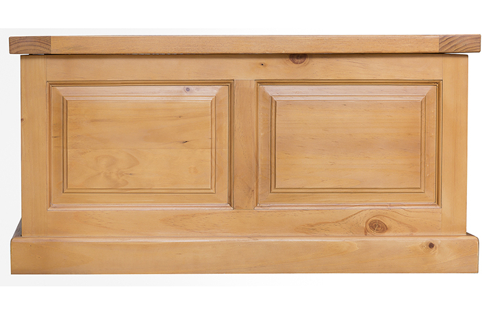 Country Pine - Country Pine Blanket Box