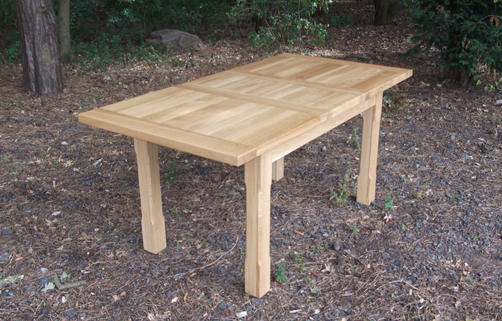 Kensington Oak Range - Kensington Solid Oak 135-217cm Extending Dining Table
