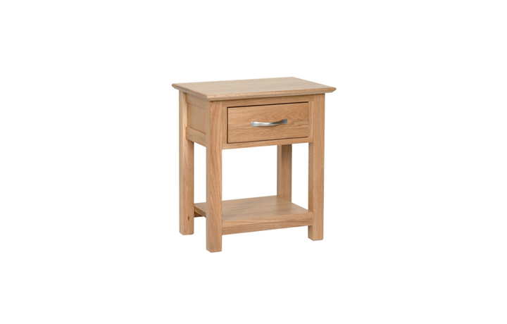 Woodford Solid Oak Collection - Woodford Solid Oak 1 Drawer Night Stand
