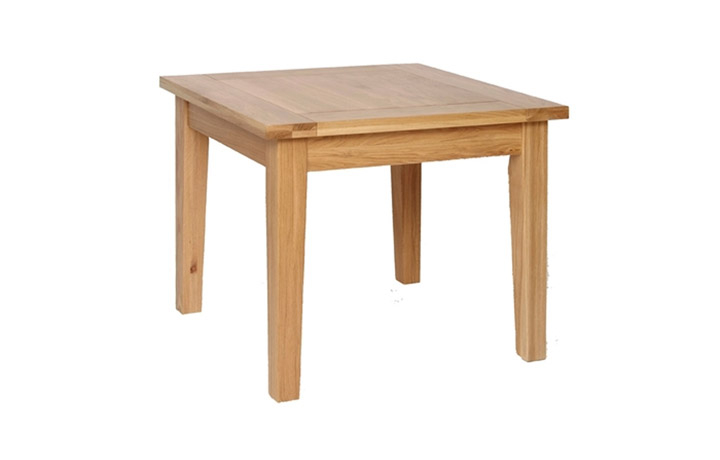 Dining Tables - Woodford Oak 3 x 3 ft Fixed Top Table