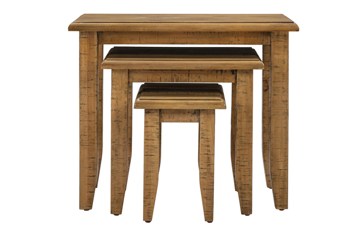 Thetford Rustic Pine Range - Thetford Rustic Pine Nest Of 3 Tables
